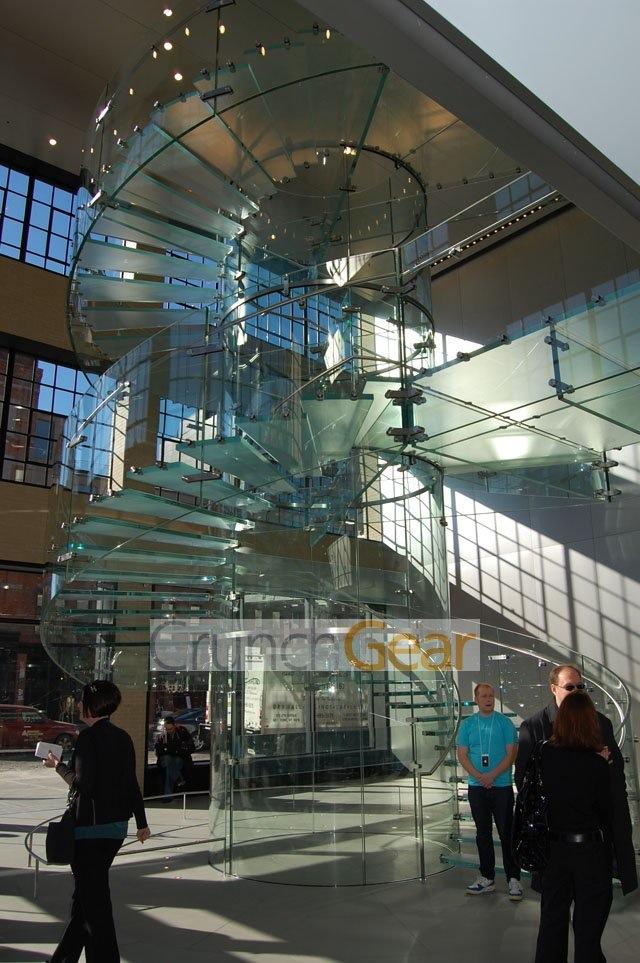 glass-staircase.JPG