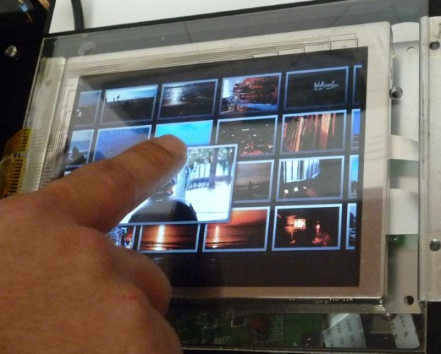 mitsubishi_3d_touch_panel2