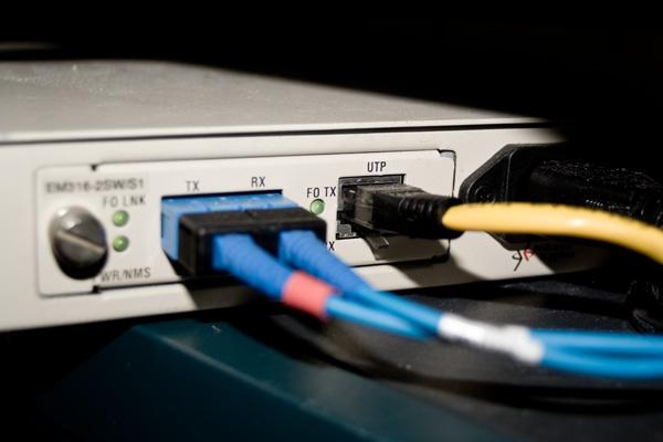fiber connection, by h0bbel