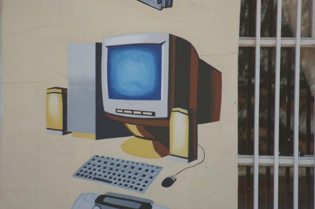 rwanda-computer-mural