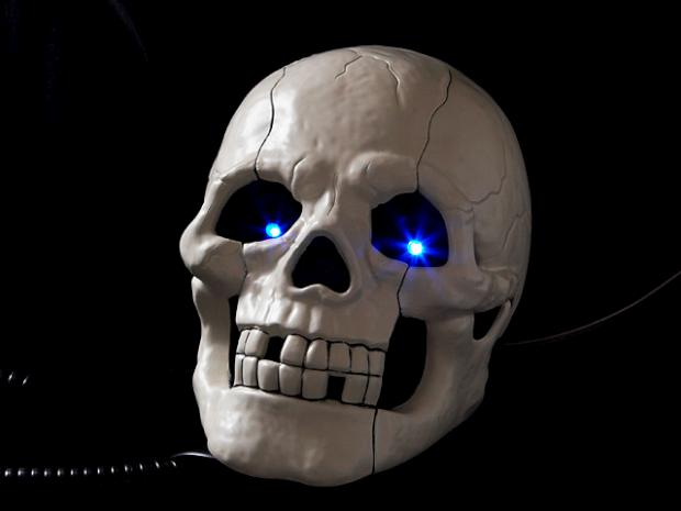 skullphone_01_640x