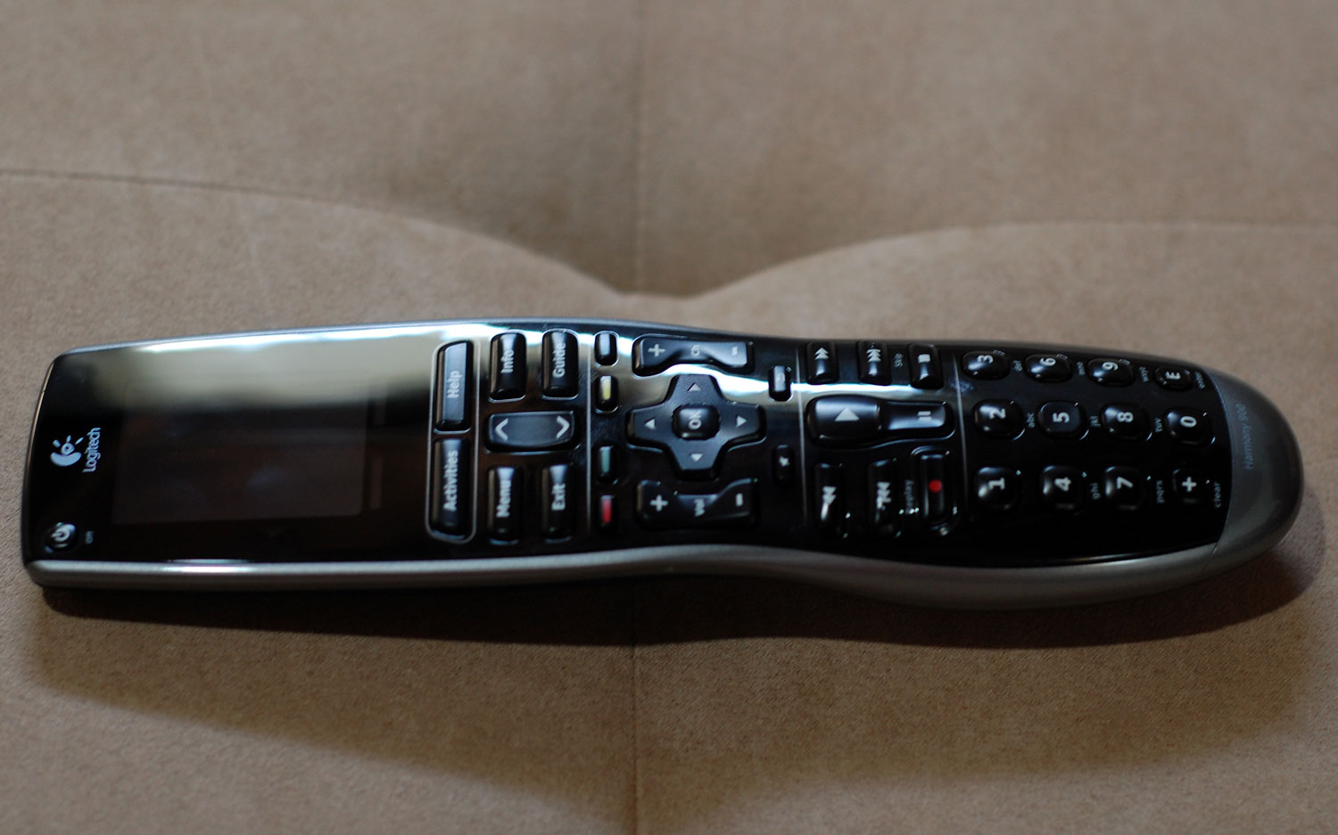 Review: Logitech Harmony 900 universal remote | TechCrunch