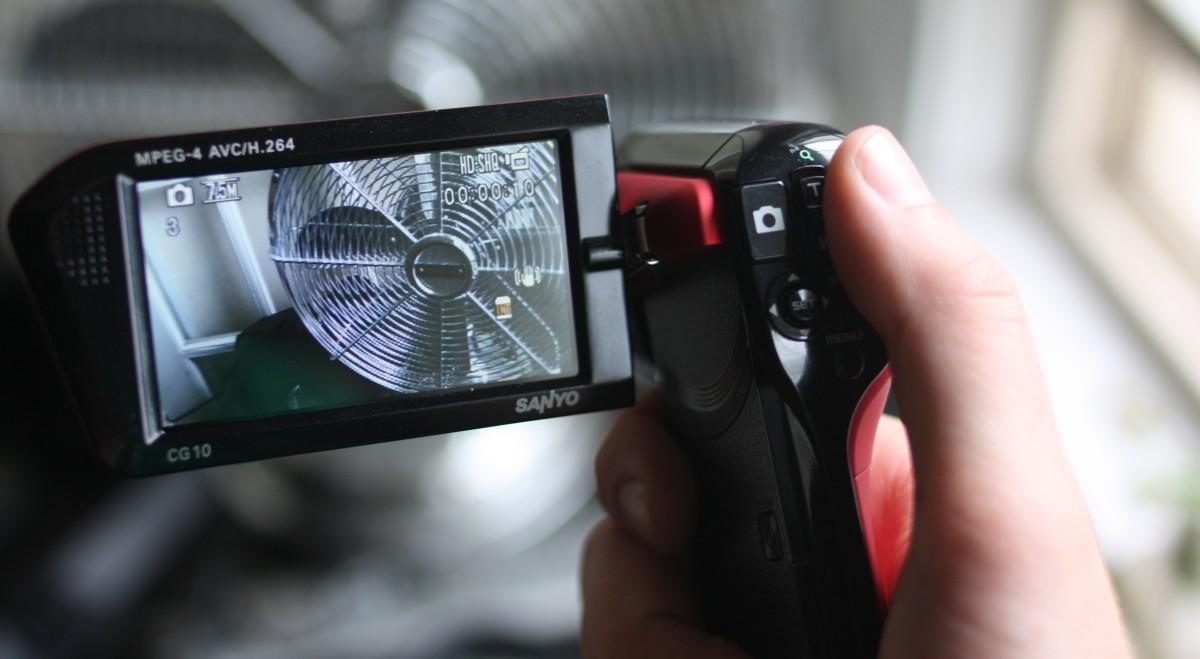 review sanyo xacti cg10 compact hd camcorder techcrunch rh techcrunch com Sanyo Xacti Dual Camera Sanyo Xacti VPC-CG10