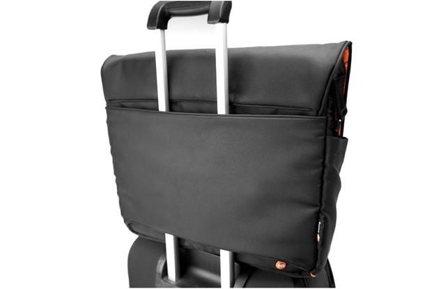 TaipanShadow - Black Suitcase
