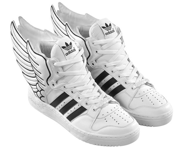 promo code 52ef9 6d5e4 Wings on your shoes. More pics below.