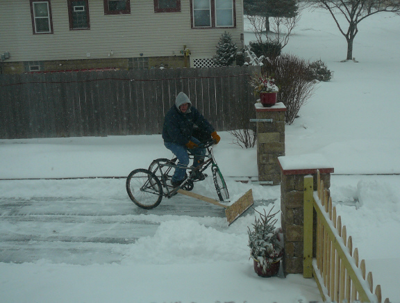 A Do-It-Yourself Bicycle Powered Snow Plow   TechCrunch