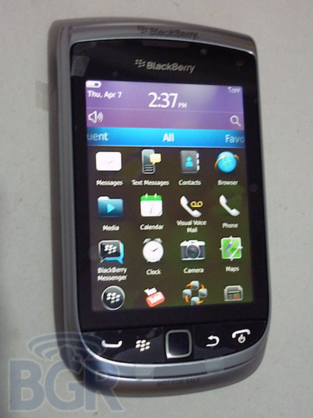 BlackBerry Torch 2 Gets A Pre-Announcement Hands-On, As Well