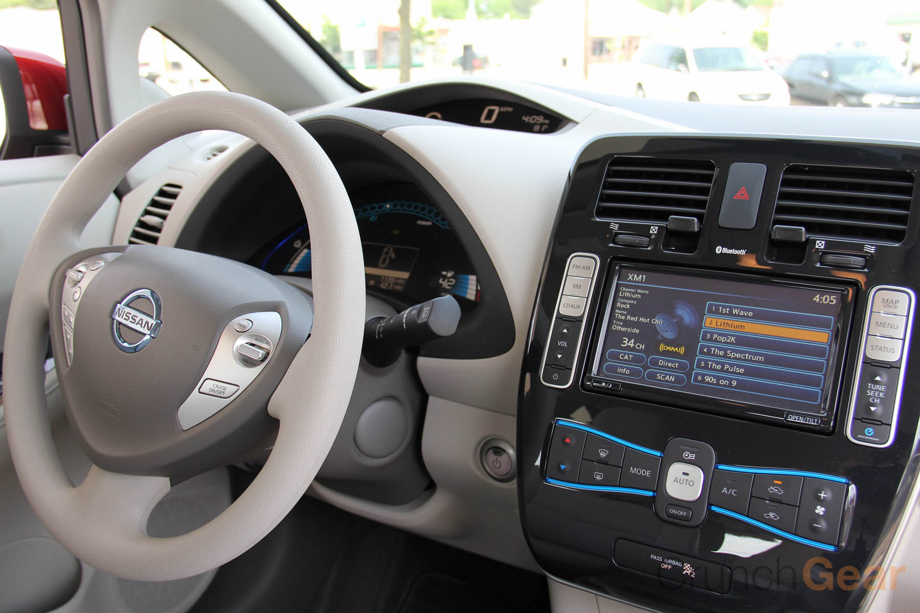 The Nissan Leaf Review A Fun And Practical Electric Car For Control Ac March Large Touchscreen Features Navigation Media Controls Plenty Of Information Regarding Electrical Systems Key Info Screen Pictured