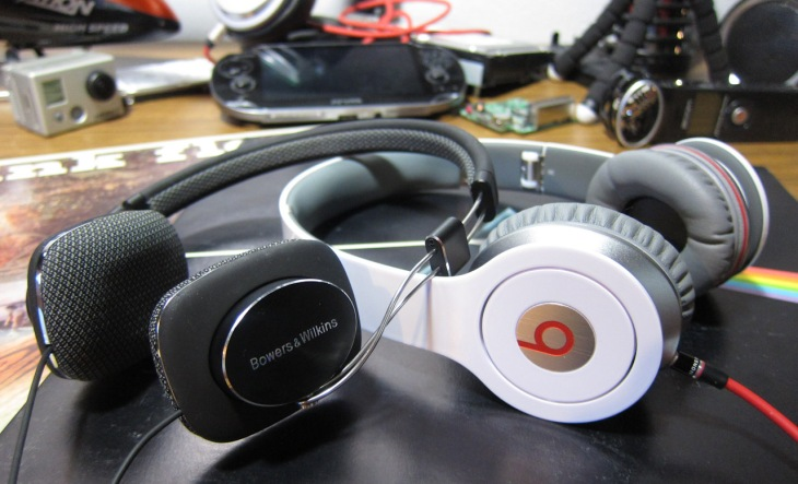 $200 Headphone Review Battle! Bowers & Wilkins P3 Vs Beats By Dr