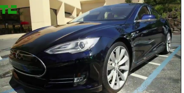 Programmer Drives His Tesla Model S A Record-Breaking 452 8 Miles On