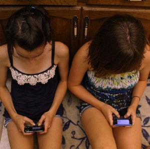 Asian teen sexting
