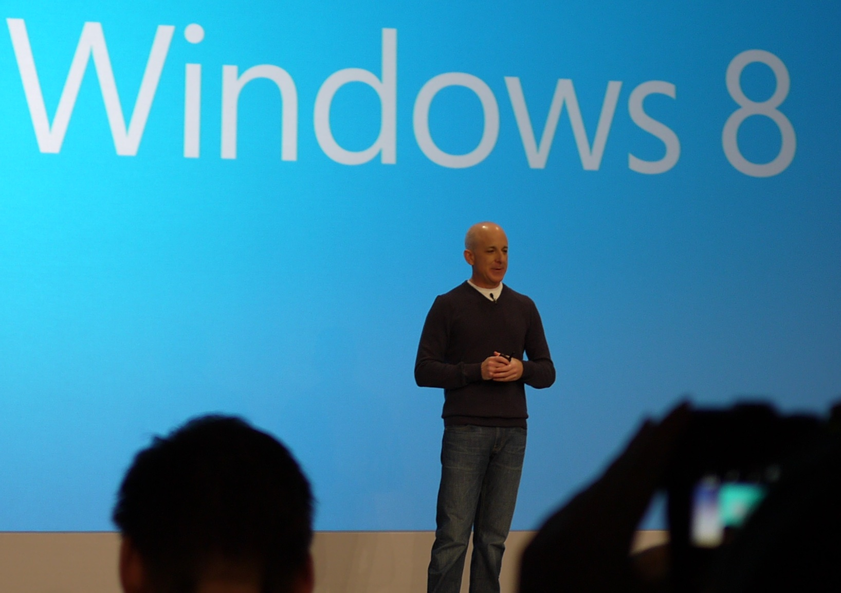 Microsoft launches windows 8 after 124b hours of public testing windows 7 sold 670 million licenses 1betcityfo Choice Image
