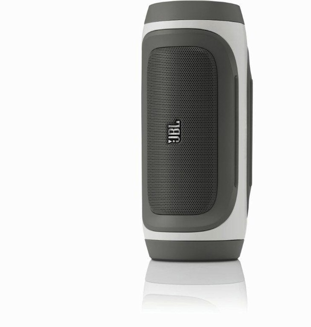 JBL Charge Black Vertical