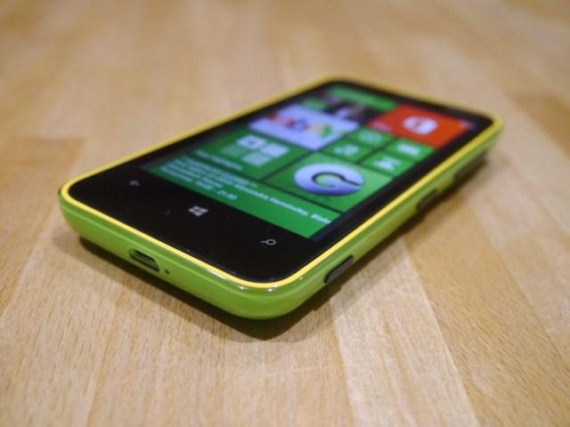 lumia620design