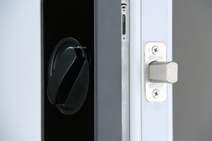 Lockitron_Schlage_close