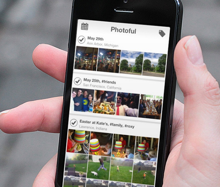 Photoful Improves On iOS 7's Photo Gallery With A More Open
