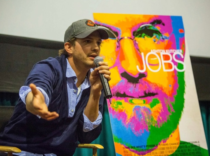 Watch Ashton Kutcher Blow Kids' Minds With Steve Jobs Quotes