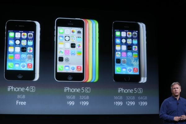 Apple's iPhone 4s Remains In Lineup As 'Free' Model ...