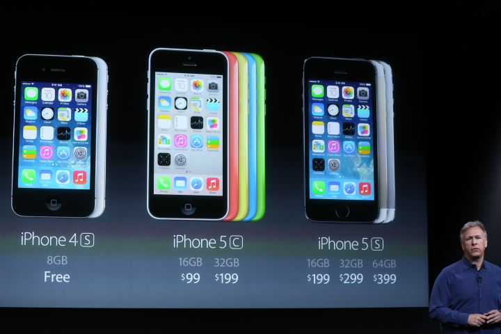 While The Iphone 5 Won T Stick Around 4s Will Still Be Available For Free With A Two Year Contract It S An Unexpected Move As Is