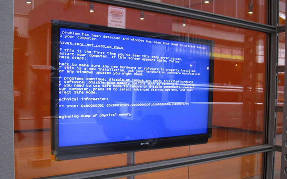 The Comical Irony That iOS 7 Users Are Suffering From Blue Screens