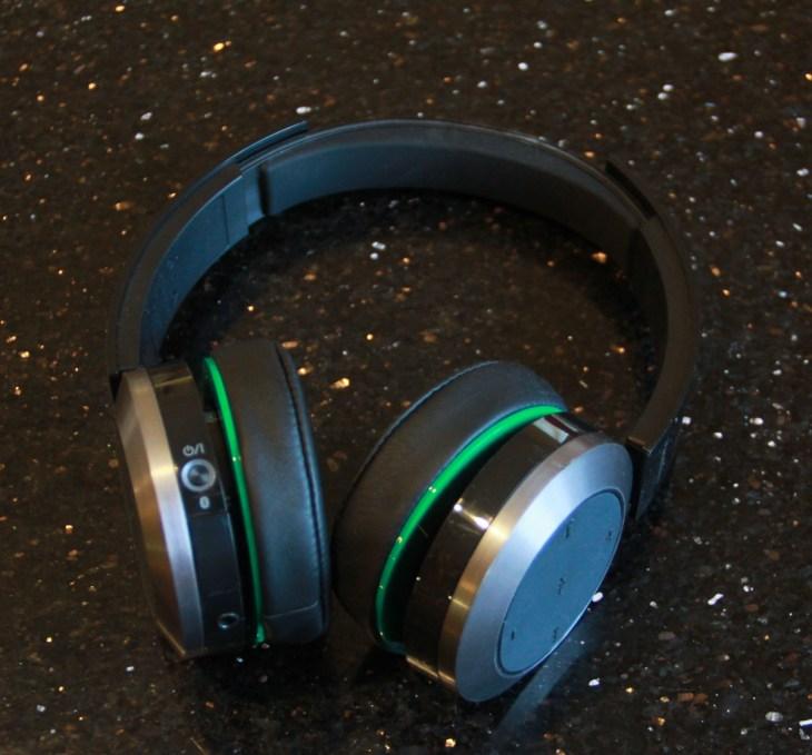 A Week With Panasonic S Btd10 Bluetooth Headphones Techcrunch