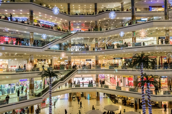 It's the golden age of traditional retail, not its end days shutterstock 137342978