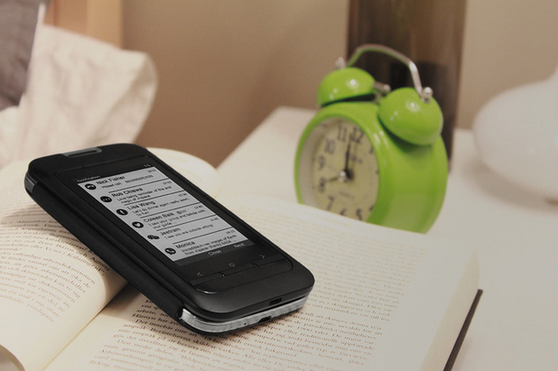InkCase Plus Adds A Second, Standalone E-ink Screen To Your Android