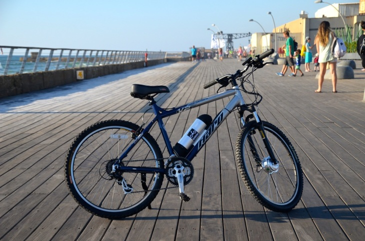 Here's An Affordable Mid-Range Electric Bike Conversion Kit To Speed