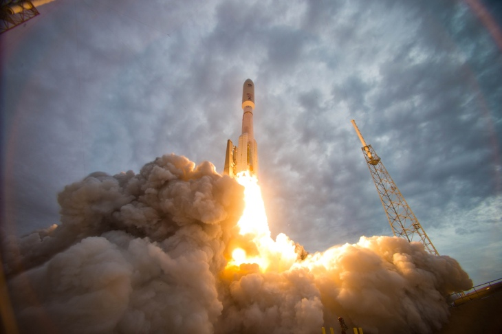 Don't Compare Blue Origin's Success to SpaceX's Failures