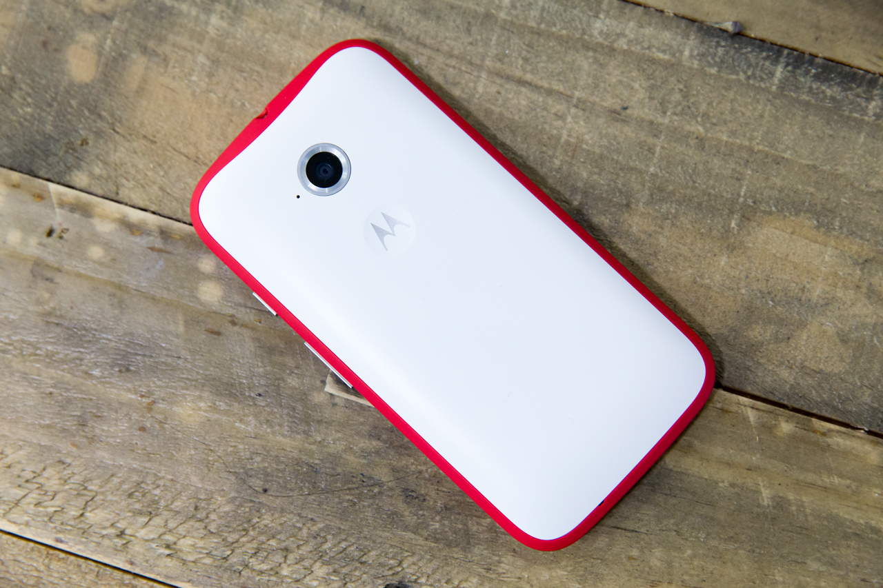 moto-e-white-red