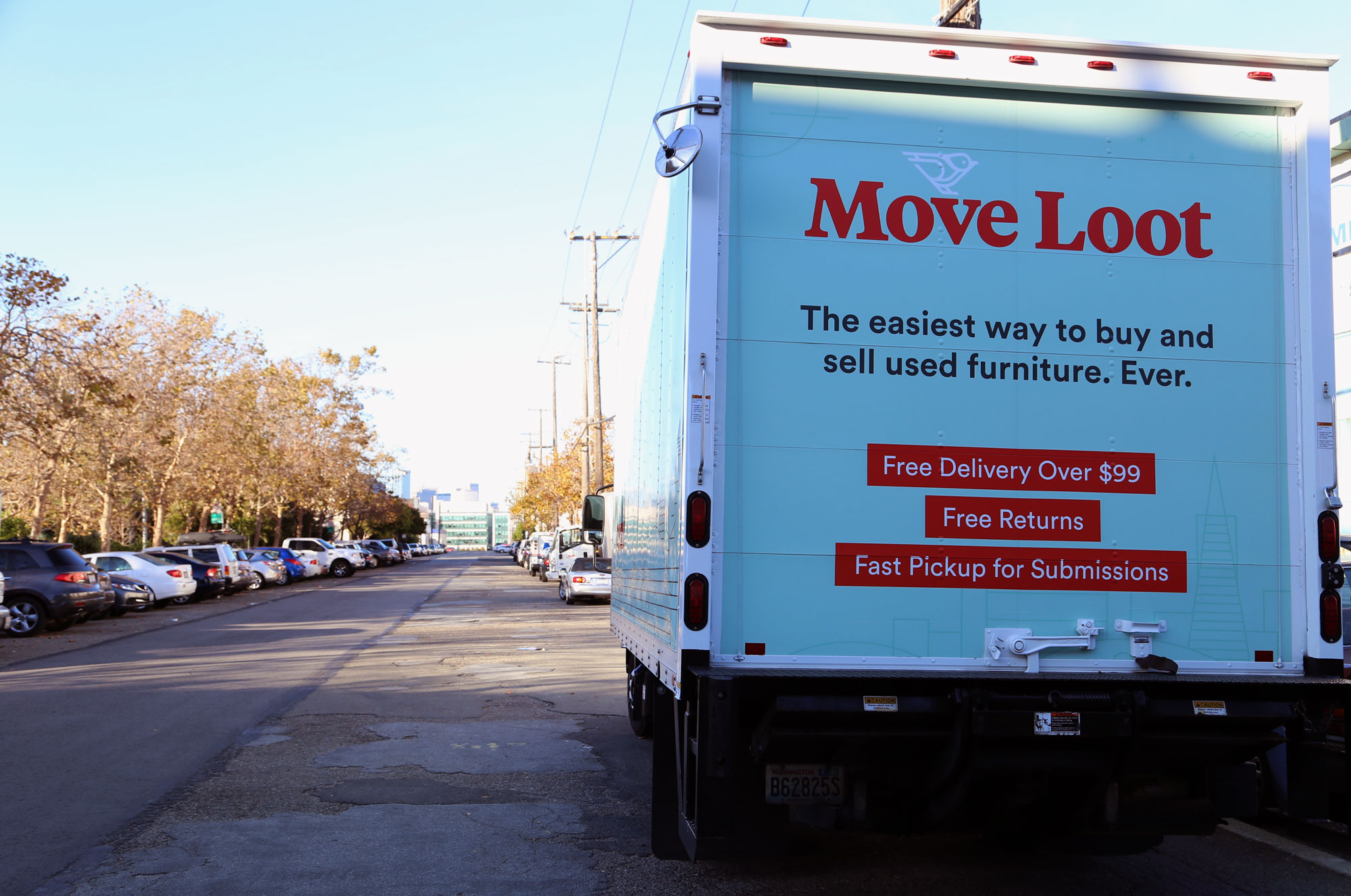 Online Furniture Marketplace Move Loot Offers A Place Where Buyers Can Find  Affordable Pre Owned Goods And Where Sellers Can Get Rid Of Things They No  ...