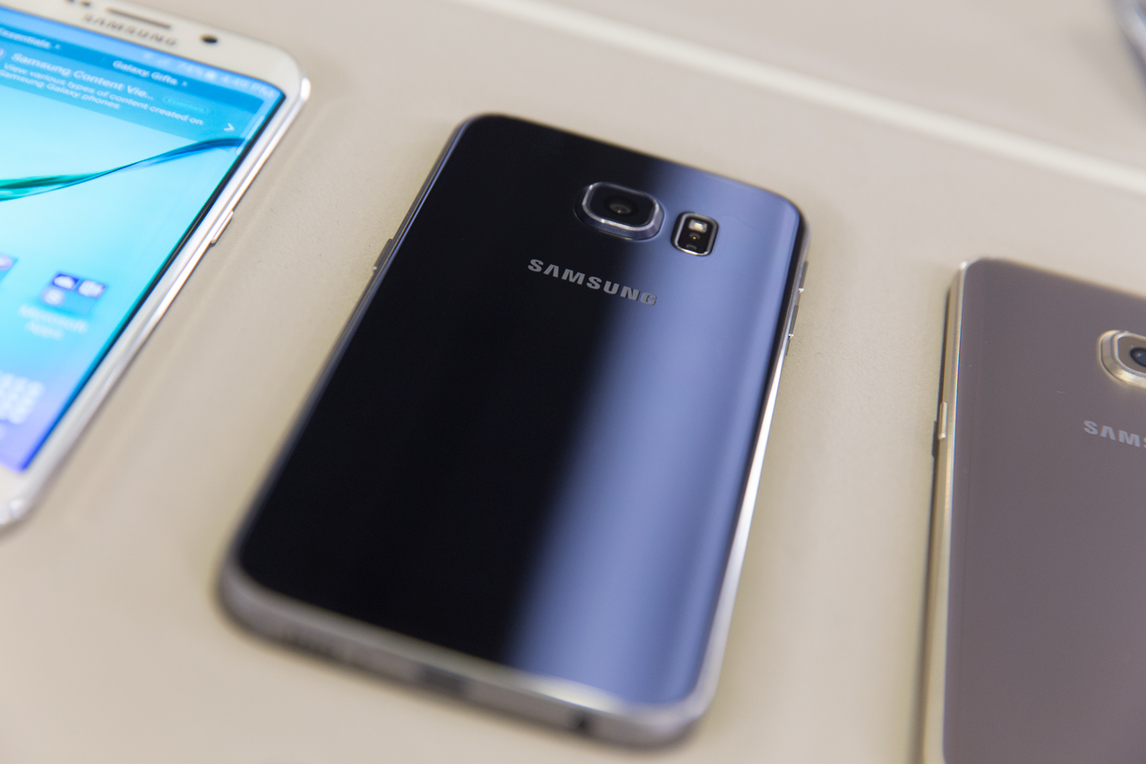 meet the new samsung galaxy s6 and s6 edge arriving april. Black Bedroom Furniture Sets. Home Design Ideas