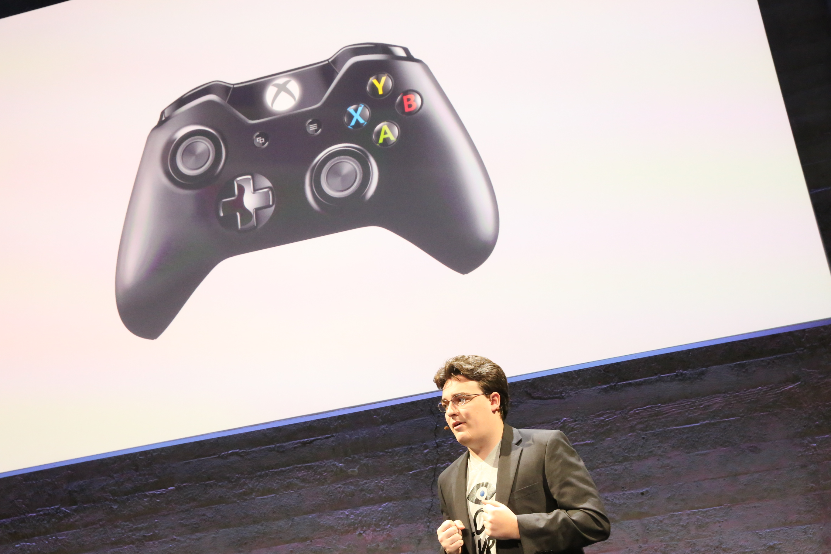 Microsoft is a key partner for the Oculus Rift launch, since an Xbox One controller is bundled with every unit.