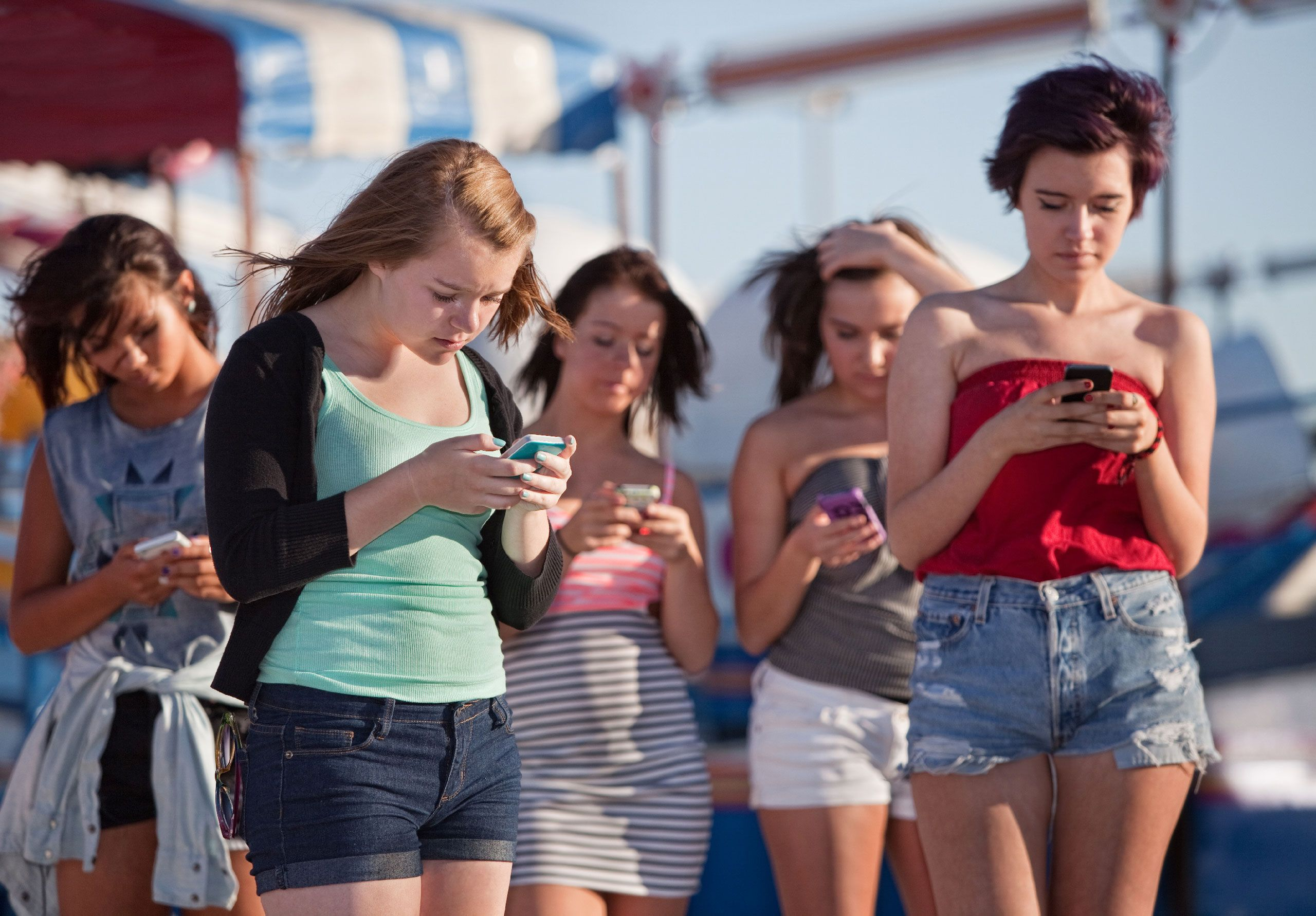 Phone-addicted teens aren't as happy as those who play sports and hang out  IRL, new study suggests | TechCrunch