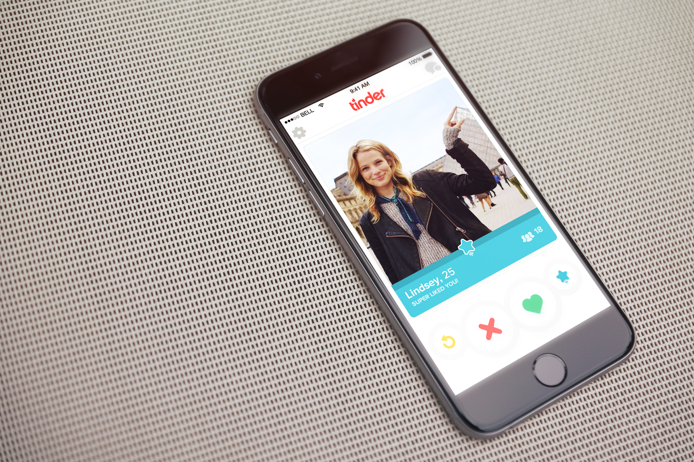 Tinder's Super Like Says More Than A Simple Right Swipe | TechCrunch