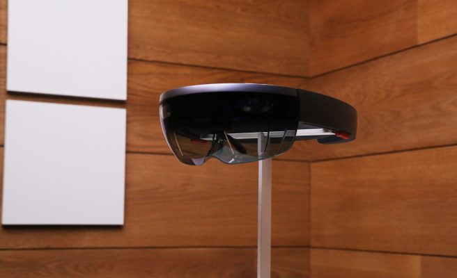 Microsoft wins $480M military contract to outfit soldiers with HoloLens