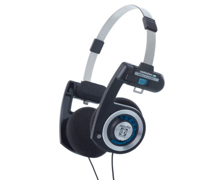 cd74bbf3a4e The 13 Best-Sounding Headphones For Everyone On Your Nice List ...