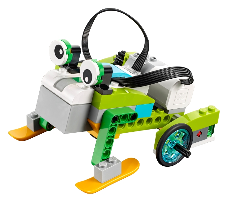 LEGO's WeDo 2 0 Robotics Kit Teaches Science And Engineering