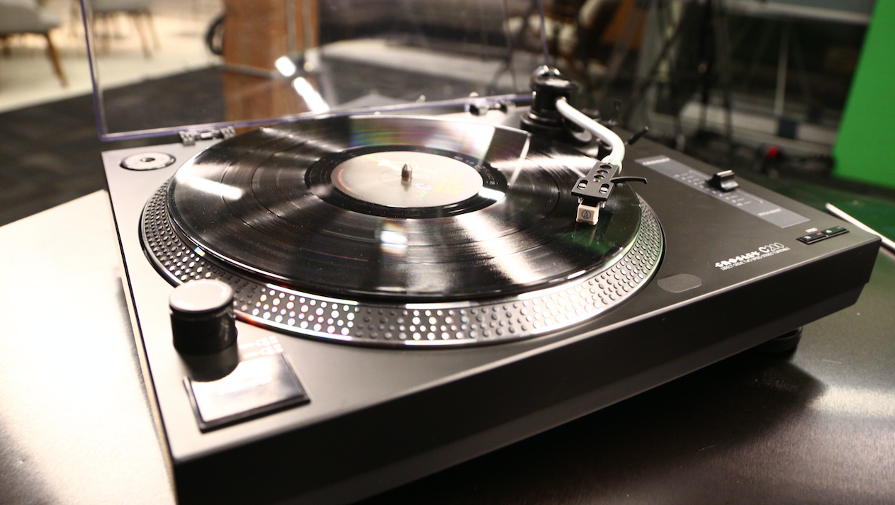 Crosley's First Direct Drive Turntable Doesn't Disappoint | TechCrunch