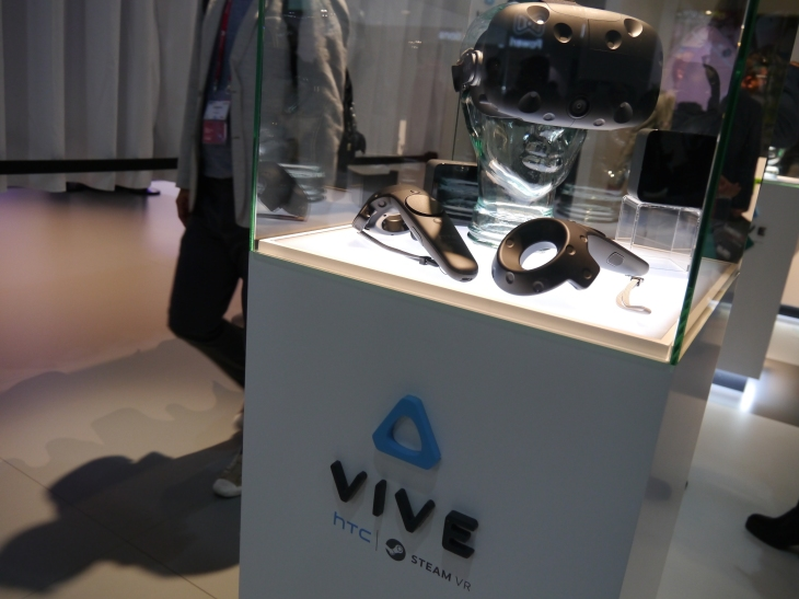 HTC claims 15,000 pre-orders in 10 minutes for its Vive VR