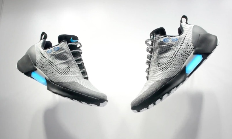meilleure sélection 9c4e4 7142c I tried out Nike's self-tying shoes, the HyperAdapt 1.0 ...