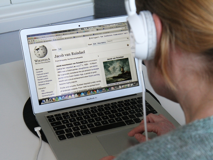 Crowdsourced project aims to add text-to-speech to Wikipedia