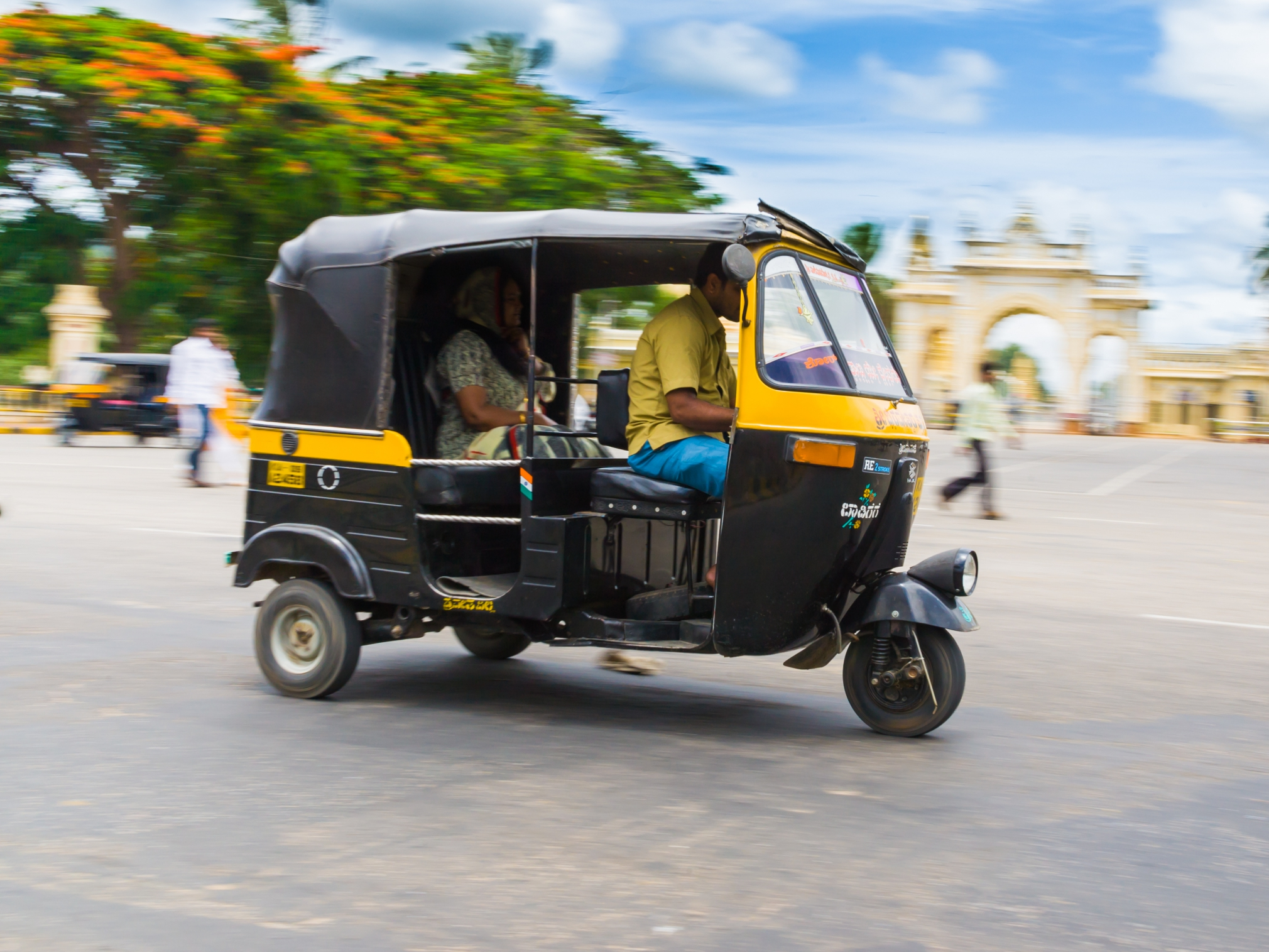 India's Jugnoo wraps up $10M Series B for 'Uber for auto ...