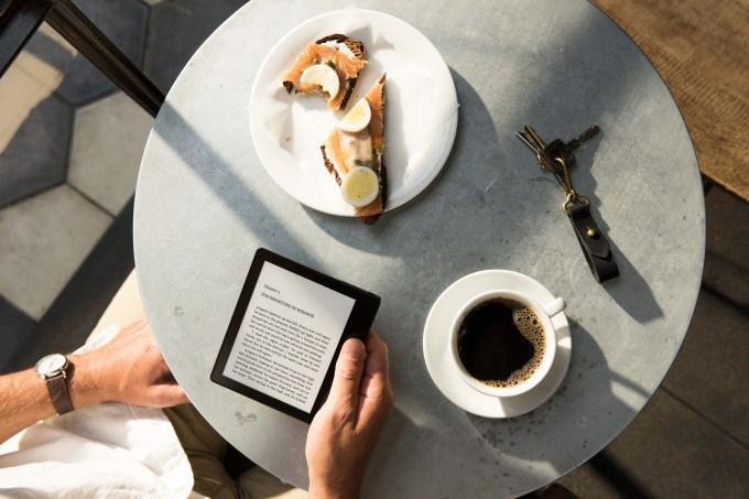 Kindle Oasis_Cafe