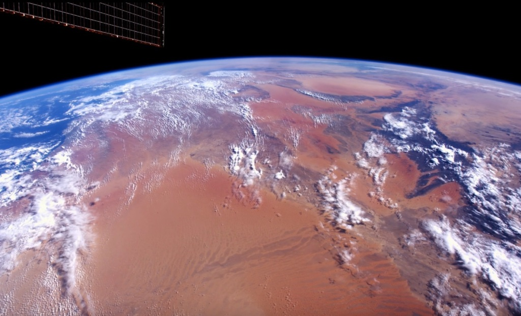 Iss Beams Down 4k Footage Of Earth Shot With The Red Epic Dragon Techcrunch