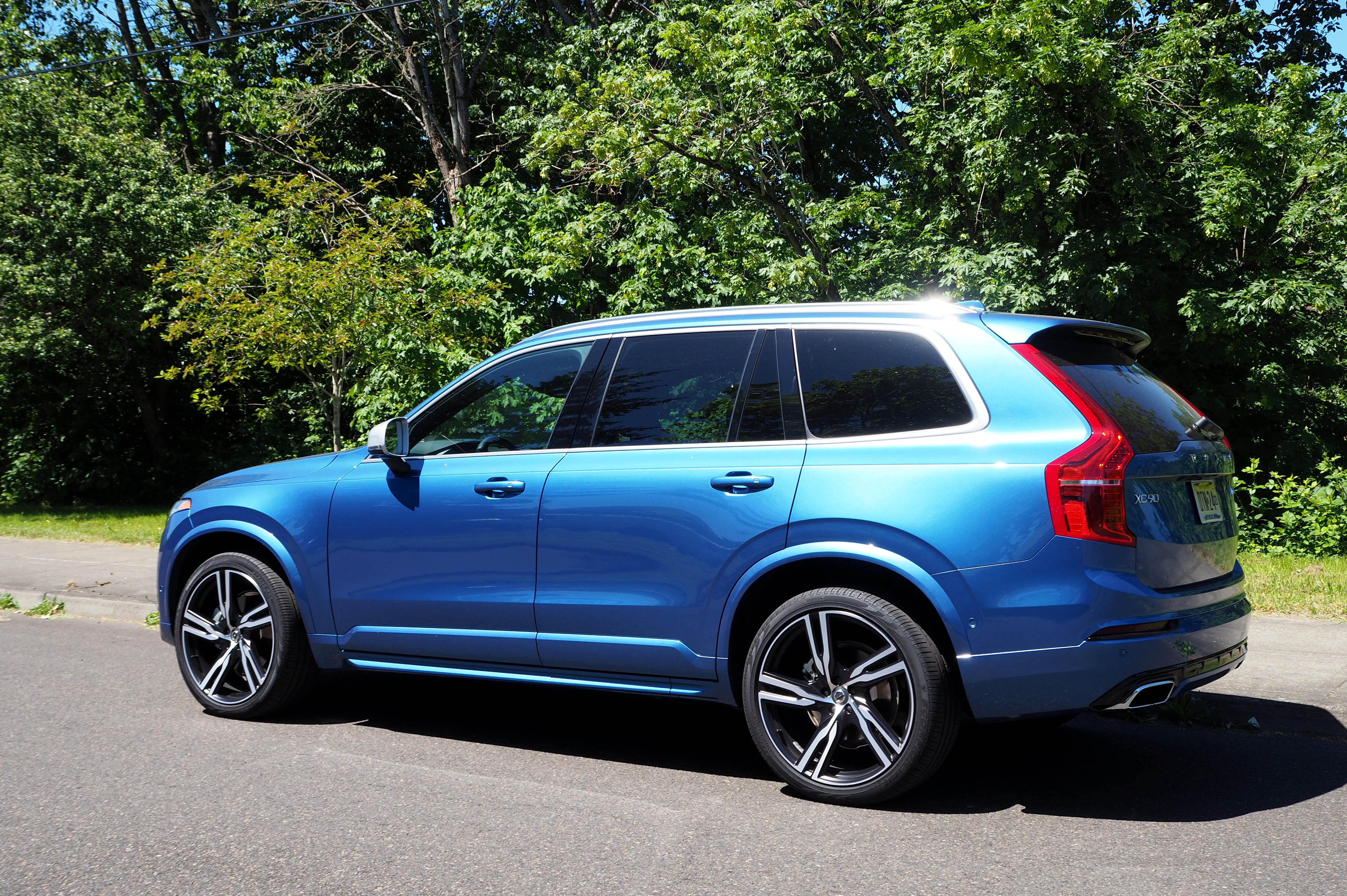 Semi-driving the semi-autonomous 2016 Volvo XC90 | TechCrunch