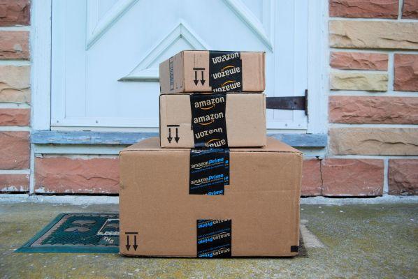 Amazon shutterstock
