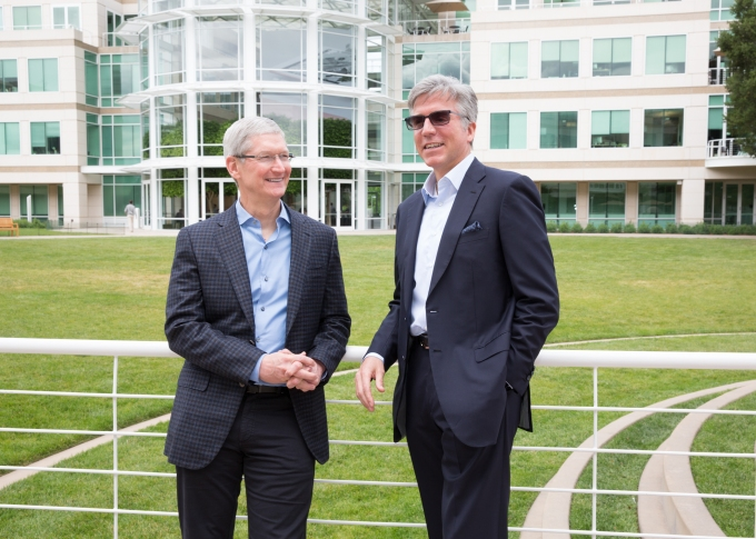 SAP CEO Bill McDermott with Apple CEO Tim Cook.