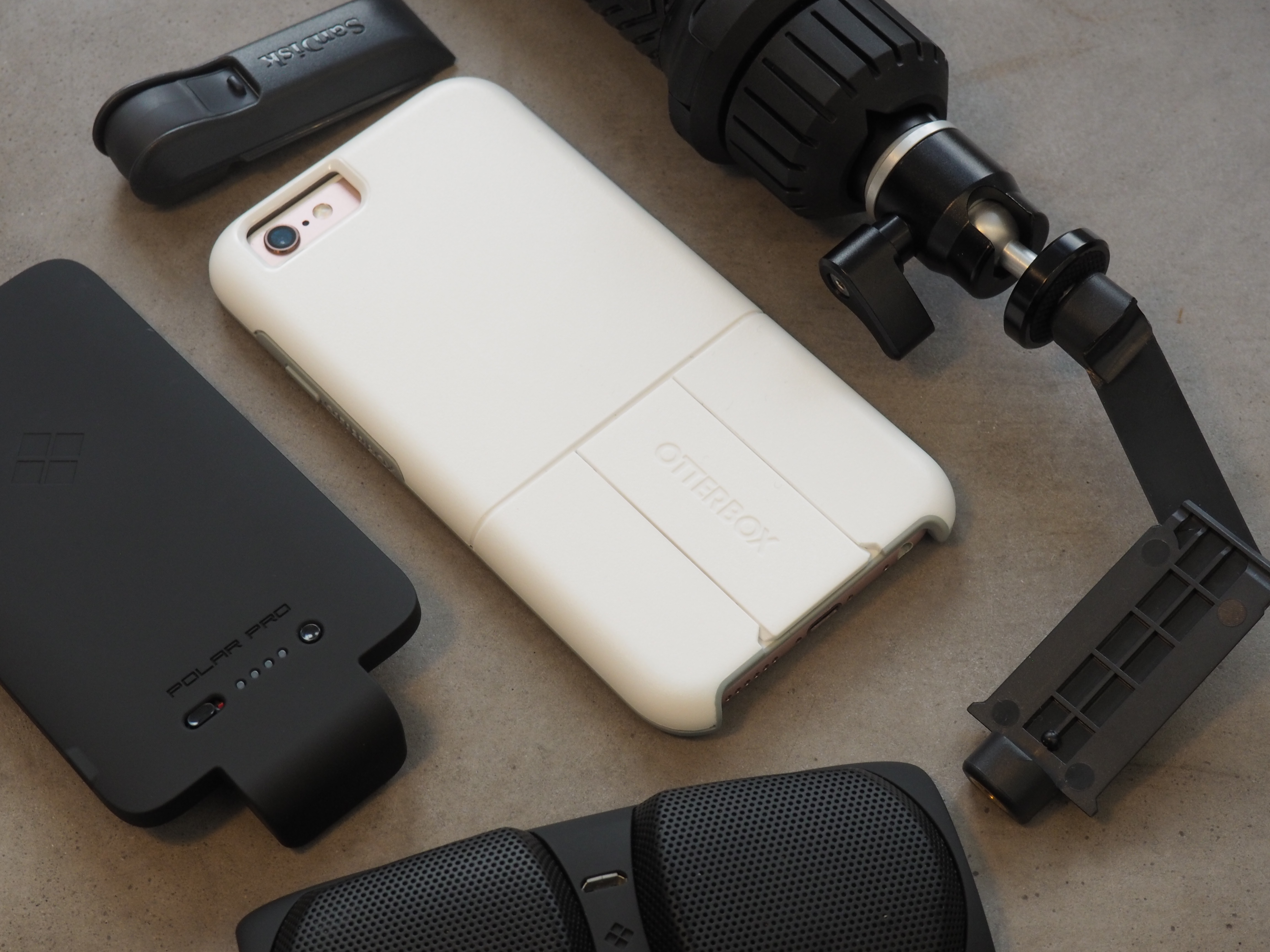 huge discount 0cb5d a0944 OtterBox's new case offers a battery, speakers, Square reader and ...