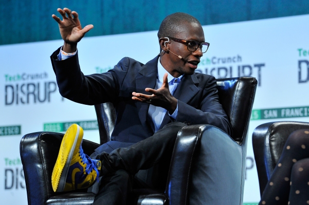 Troy Carter and Suzy Ryoo's music tech startup Q&A launches software group, Venice Innovation Labs thumbnail